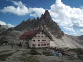 03-Paternkofel mit Dreizinnenhütte