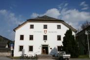 18-Rathaus