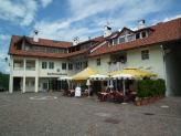 12-Dorfplatz